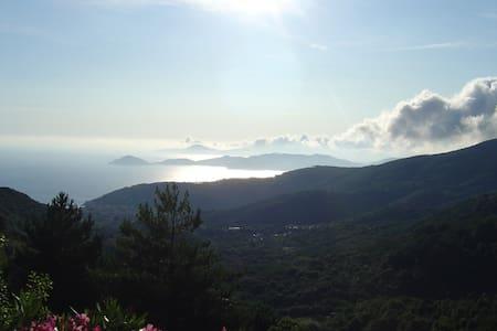 Appartamento panoramico a Marciana, Isola d'Elba - Marciana