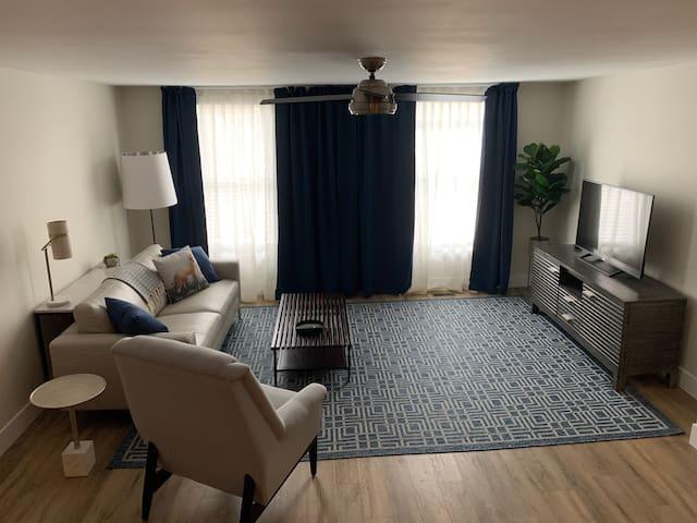 Bluebird Apartment