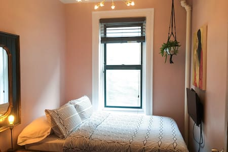 East Village Gay Friendly Dbl Room