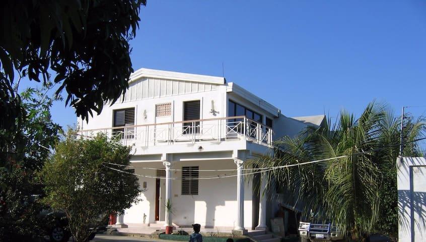 Maison des Lauriers