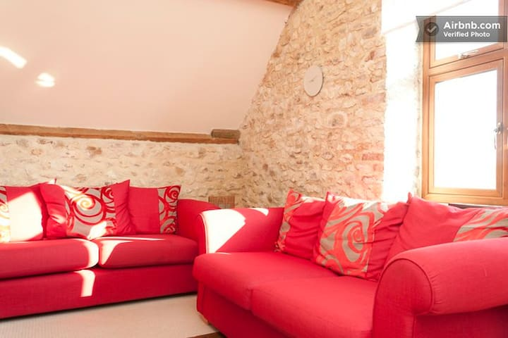 The Hayloft -sleeps 4 - Kilmington - Ev