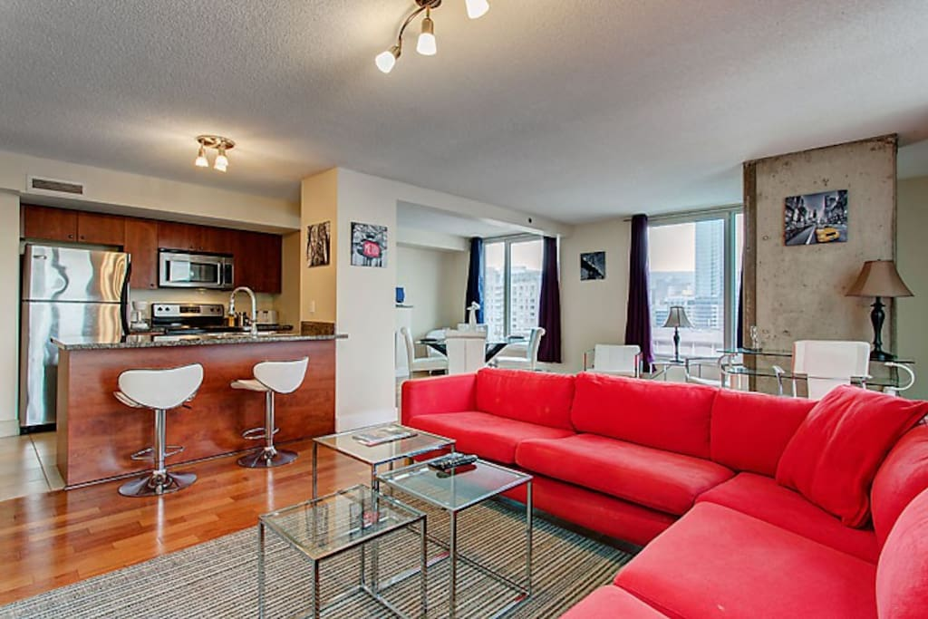 Glamorous Two Bedroom Suite Apartments For Rent In Montreal Quebec Canada