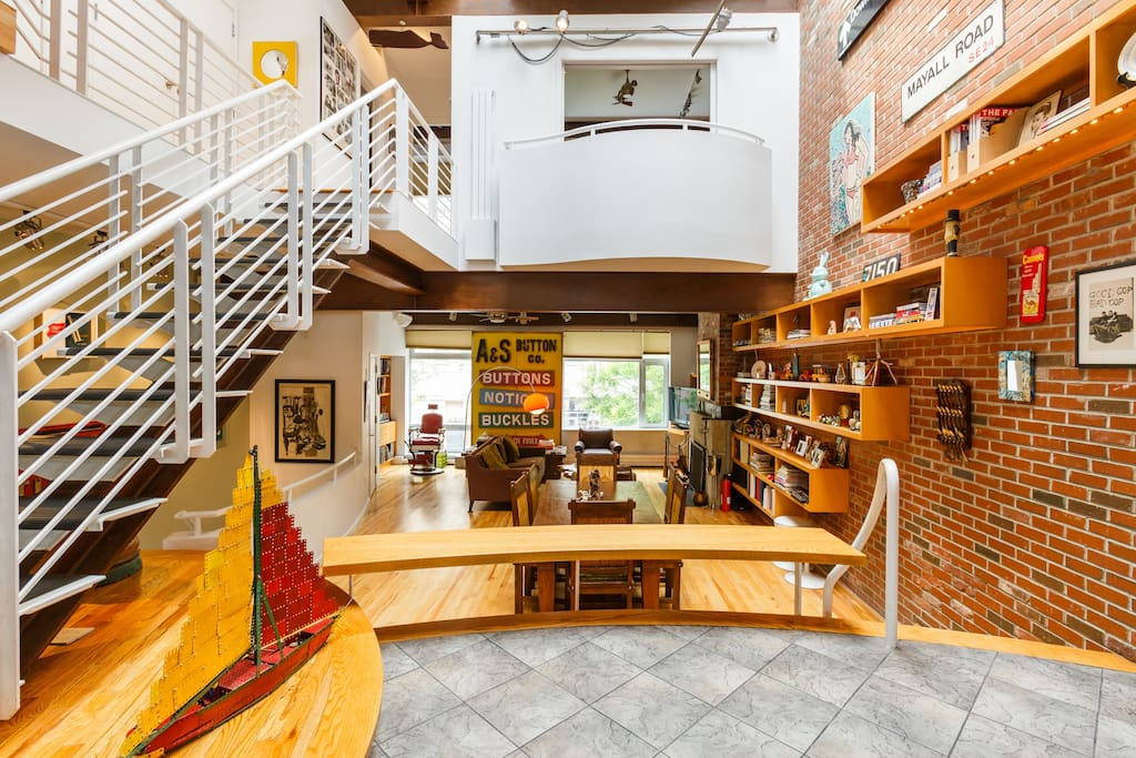 Spectacular east village townhouse townhouses for rent for Townhouse for rent nyc