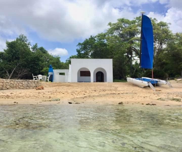 Private Beach Cottage