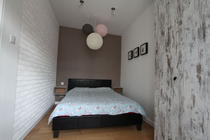 Private Room in London - Buckhurst Hill - House