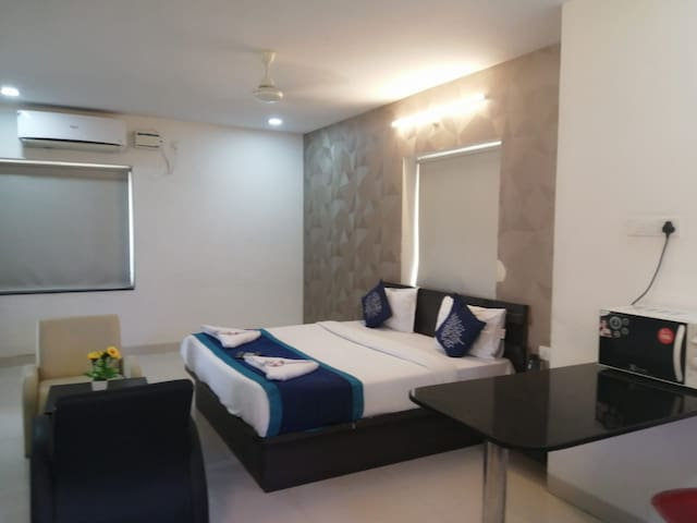 spacious 1BHk Sudio flat in kondapur