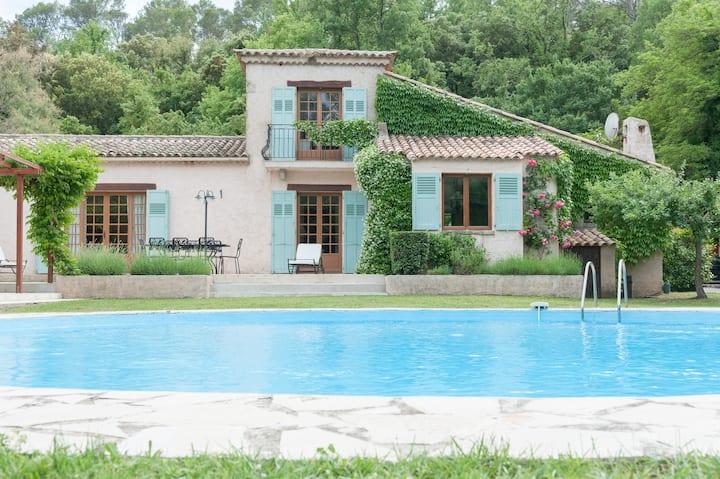 Charming, beautyful provencal Villa