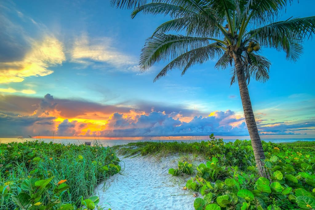 Great sunsets at Delrays gorgeous beaches.