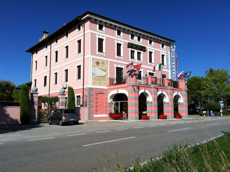 La Regia Dogana Vecchia vecchio confine tra Austria ed Italia, completamente restaurata è attualmente un Hotel *** B&B.