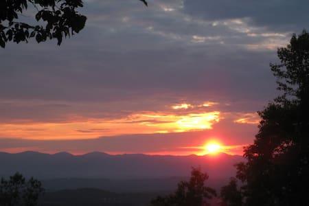 Sunset Sweet - Weaverville