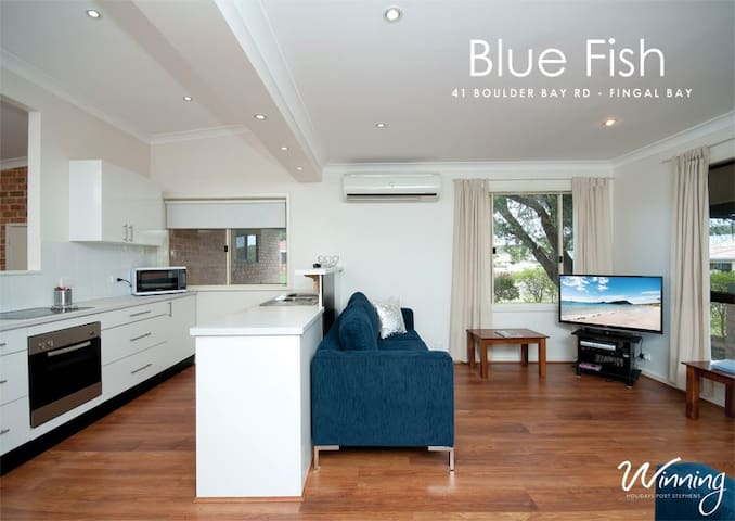 Blue Fish - Fingal Bay - Haus