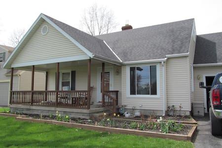 Home Nearby MID-OHIO, Lexington, OH - Galion - Talo