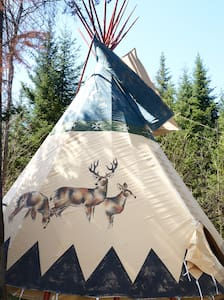 Tipi - White Mountain Views and Privacy