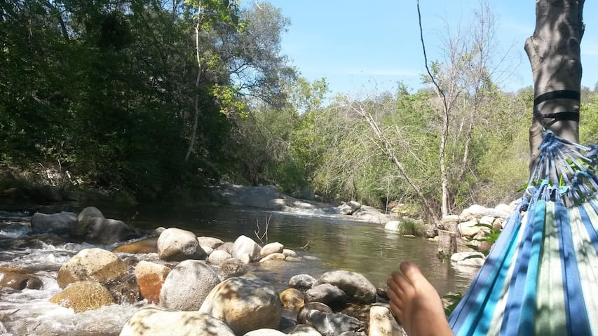 Relax by a river! - Three Rivers - Autocaravana