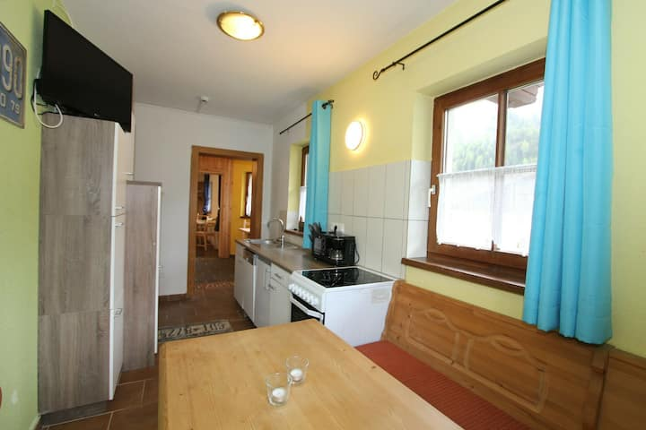 Cozy Apartment in Längenfeld with Sauna
