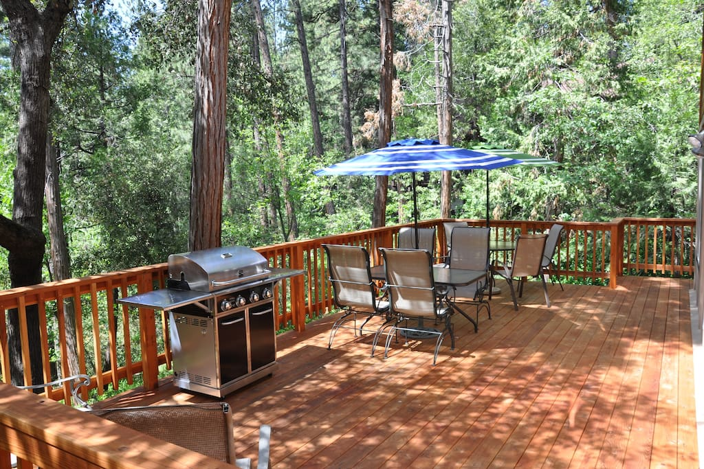 Brand New Redwood Deck and BBQ!  With plenty of space and comfortable seating for everyone.