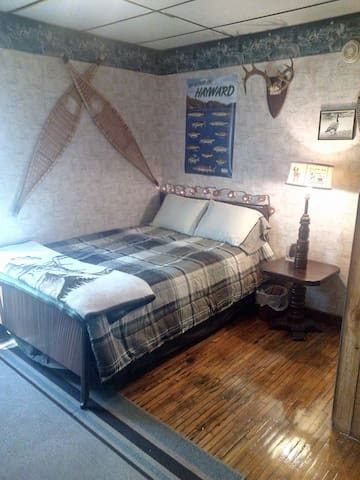 Affordable family friendly apartment - Hayward - Pis