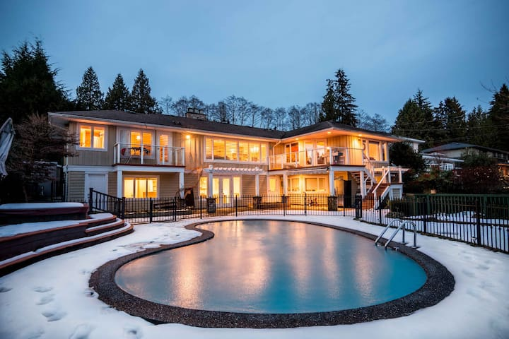Luxury 2 BR Suite close to ski mountains and ocean
