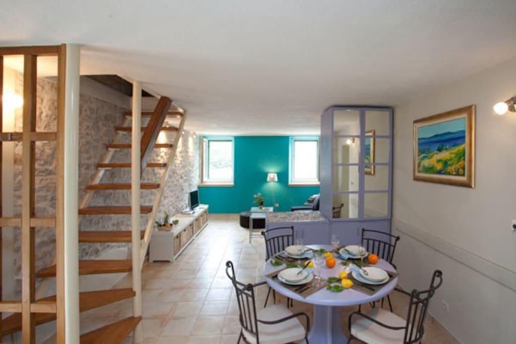 Holiday home TEA, Pucisca Brac island, dining-living area