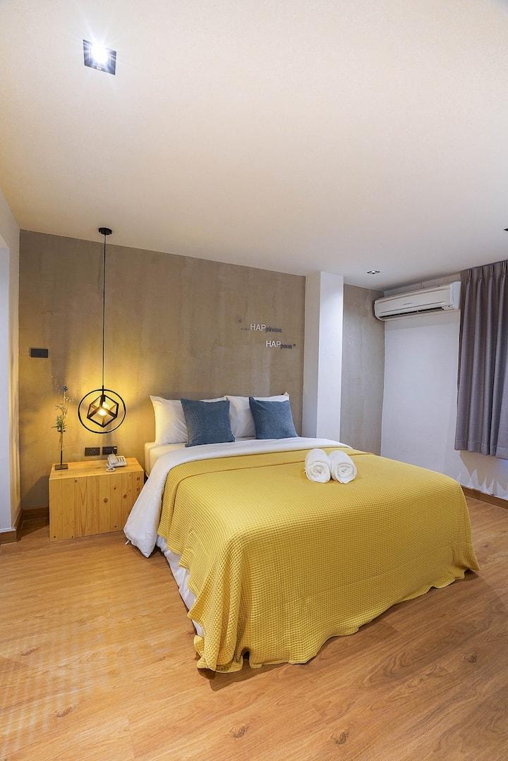 Hap@Sathron Cheap and Clean Hotel