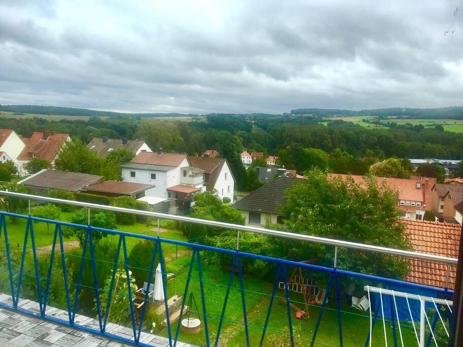 Die Aussicht von der Terrasse Richtung Göttingen