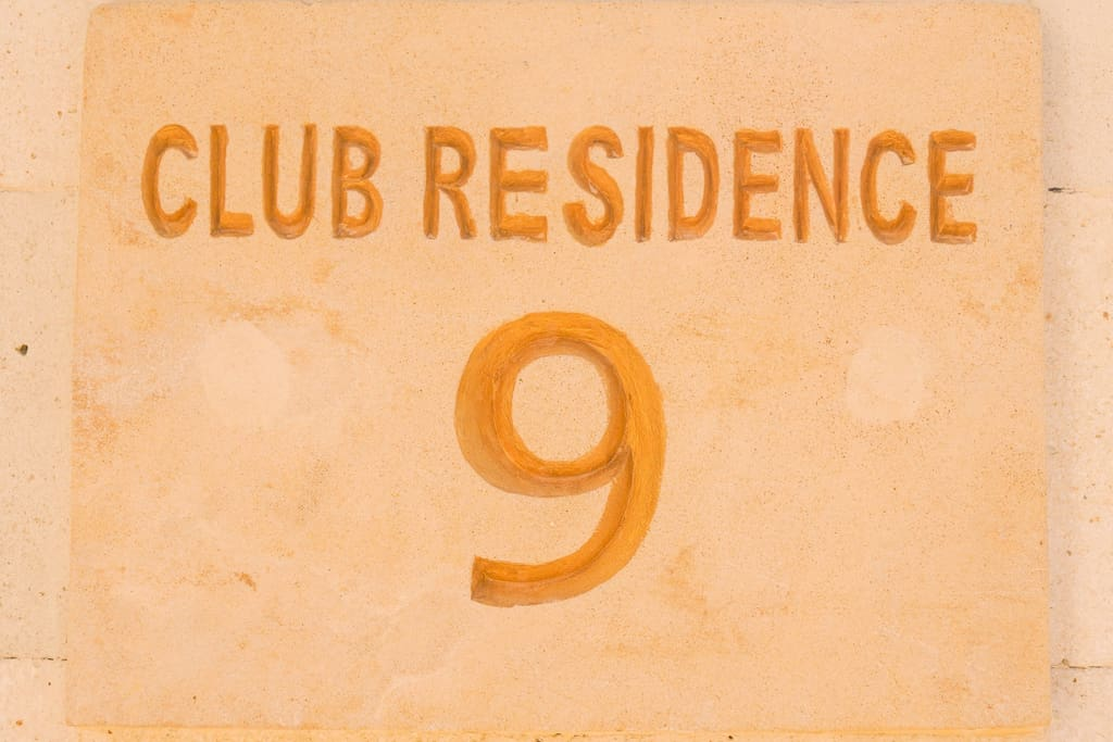 Welcome to Club 9 Residence