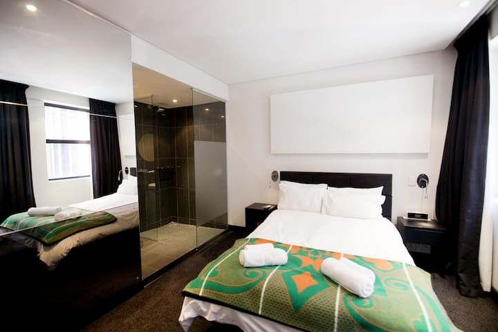 Double en-suite room Joburg