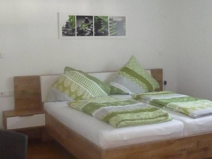 Ferienwohnungen Baust im Mühlental, (Eslohe (Sauerland)), Ferienwohnung Kuhstall, 65qm, 2 Schlafzimmer, max. 5 Personen