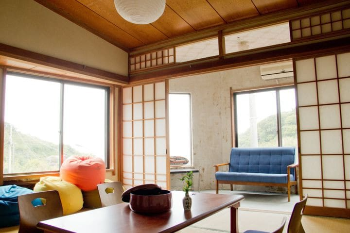 Cozy private room in IzuOshima! just 10 mins walk!