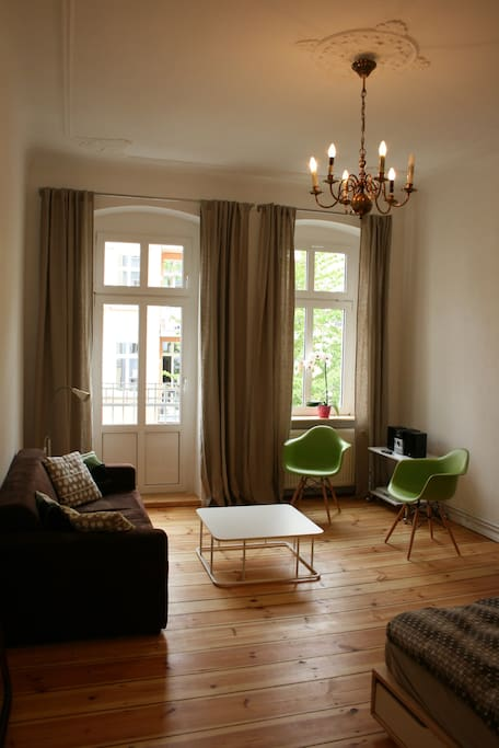 Quiet 2 rooms next Helmoltzplatz