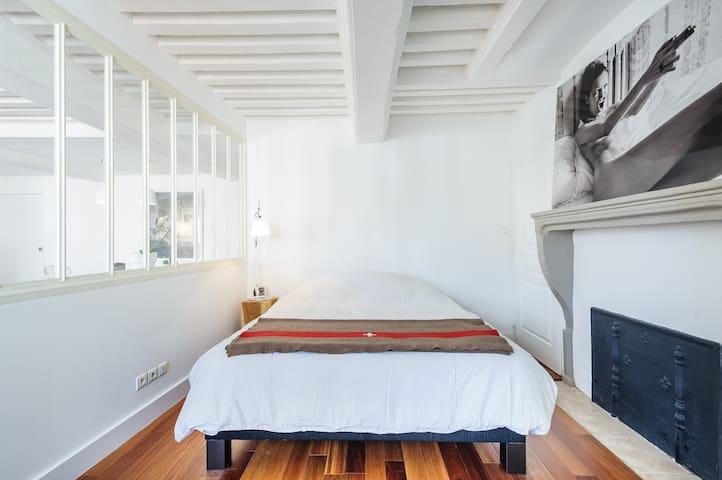 La chambre (Lit 160 x 200)