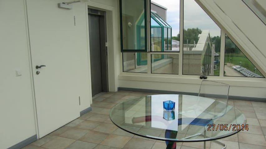TOP Penthaus Wohnung direkt am BER - Schönefeld - Apartment