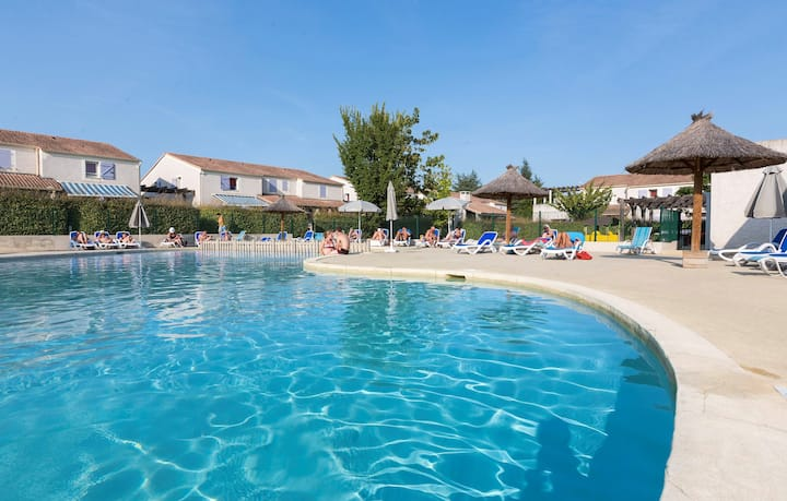 2 piscines extérieures | Kayak + Canoë + VTT + Randonnée