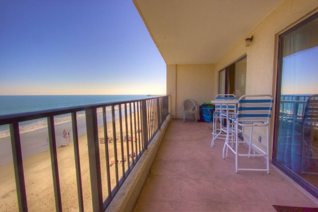 Perfect fourth floor view of the beach and ocean.