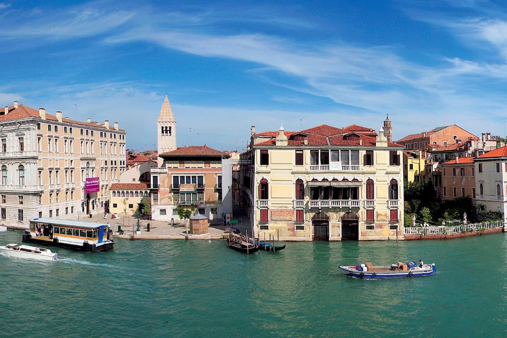 stunning palazzo on the grand canal in venice veneto italy. Black Bedroom Furniture Sets. Home Design Ideas