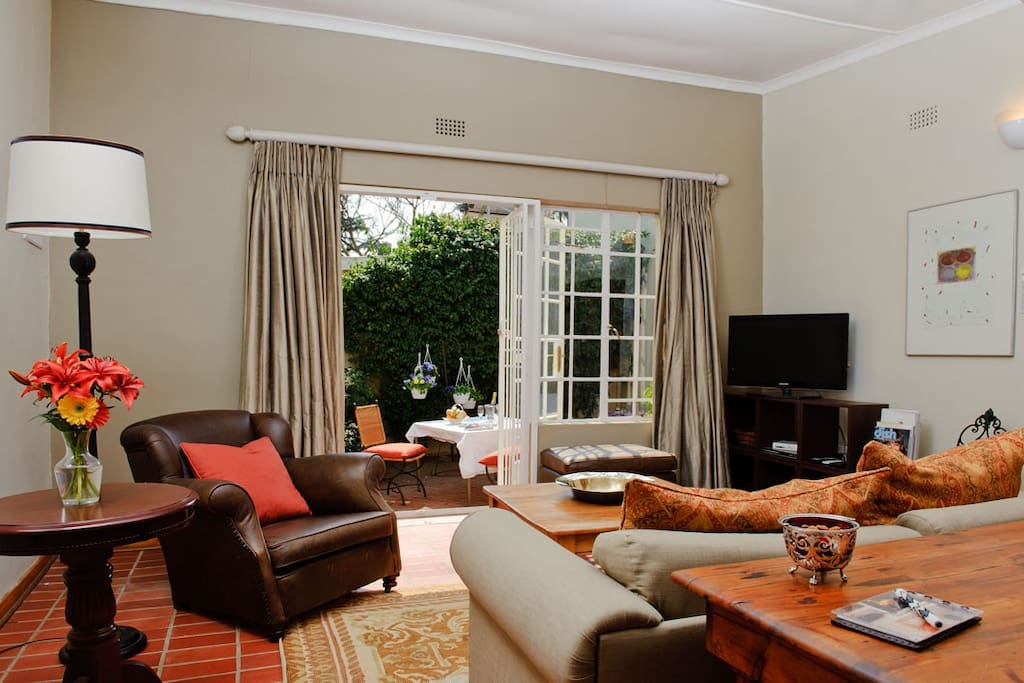Garden Cottage - Lounge