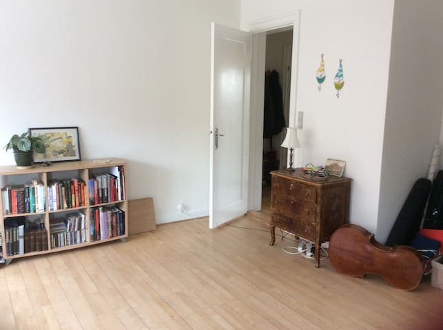 Bright and lovely flat close to center and beach - Aarhus - Daire