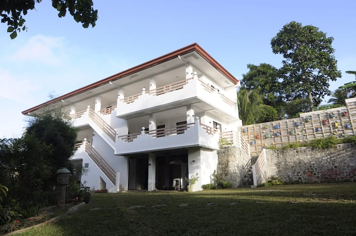 Lihim ng Kubli Farm, Garden and Events Place