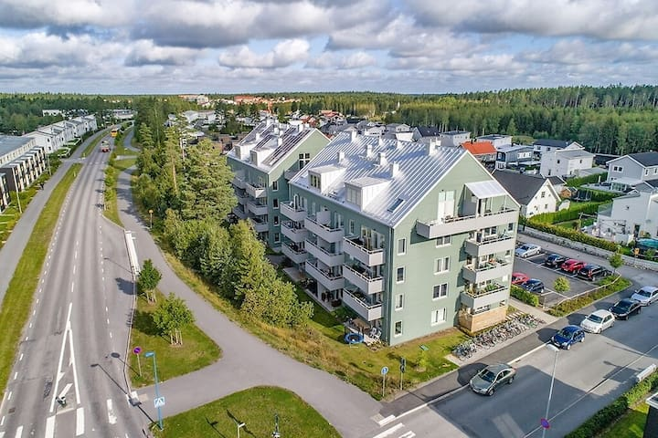 Alsike/Knivsta Loft Apartment with balcony+parking