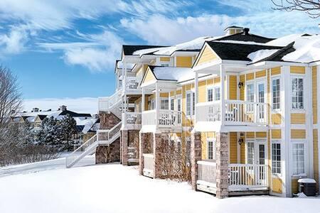 Luxurious 2 Bedroom Ski Condo - Shanty Bay - Kongsi masa