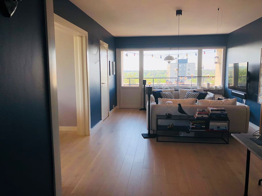 Livingroom/balcony