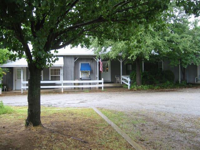 Carter's Cabin