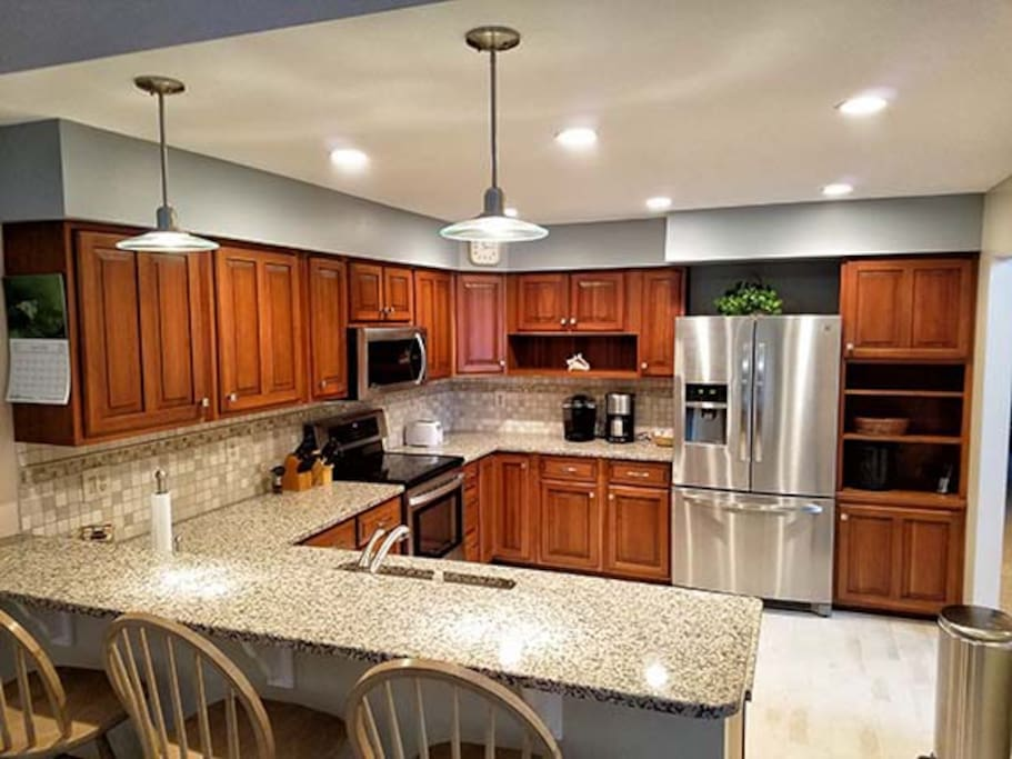 Newly remodeled Kitchen w/both Keurig & Krupps coffeemakers