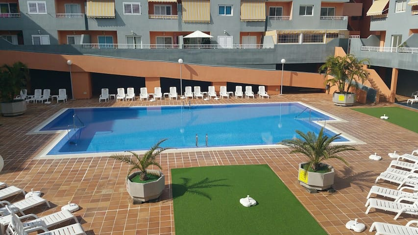 Apartment with pool and 50 m from the beach! - Puertito de Güímar - Byt