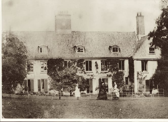 Georgian South elevation of Swafield Hall, circa 1880. Find historical information about Swafield Hall on swafieldhall.co.uk