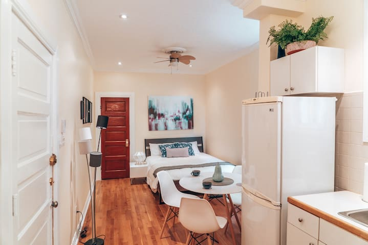 Cozy studio in the heart of Mile End