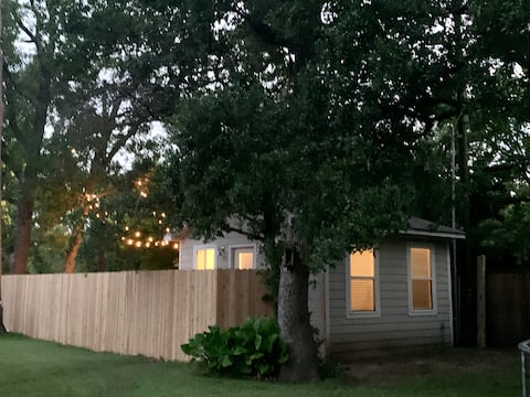 Studio Home w/ Gated Yard in Spring Branch