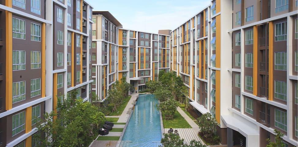 near bangsarn beach - Tambon Saen Suk - Apto. en complejo residencial