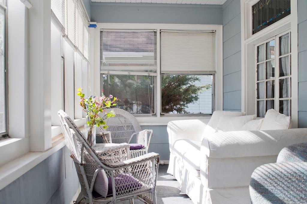 Three season front porch