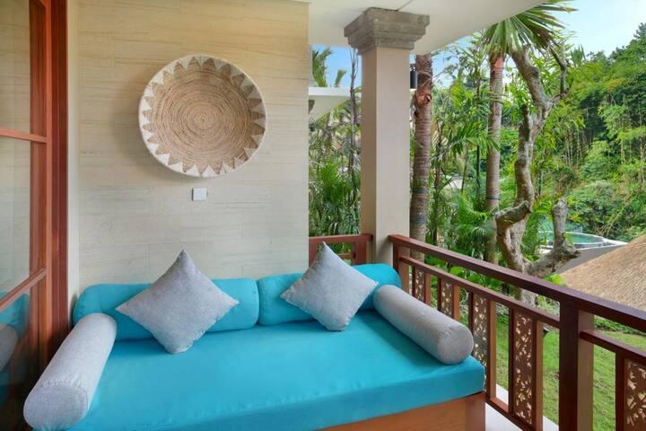 Amazing Suite with Public Infinity pool in Ubud